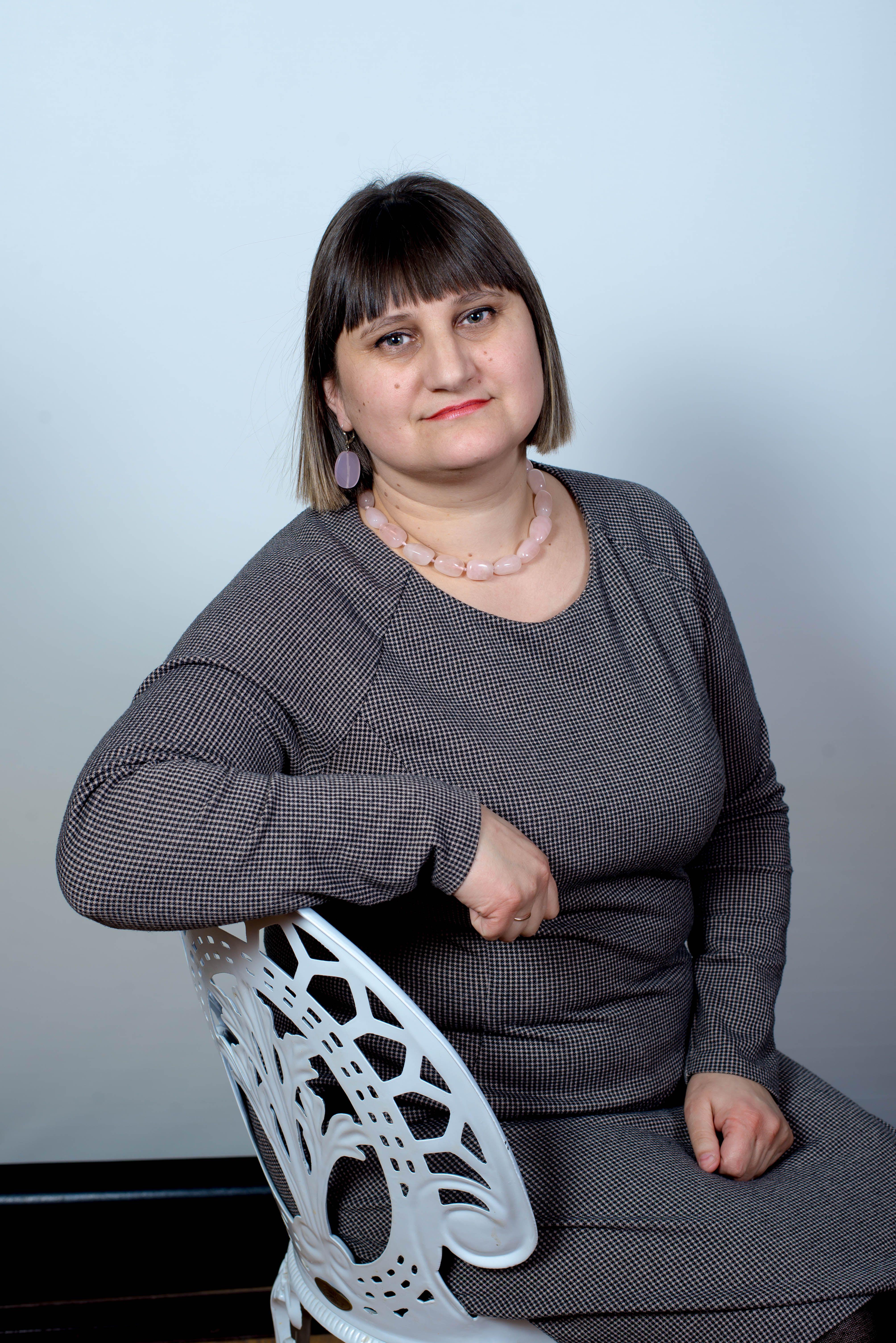 Козира Оксана Степанівна.Викладач по класу фортепіапно.Вища кат